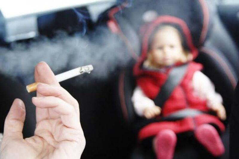 Tabagismo passivo afeta os olhos das crianças