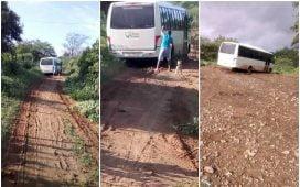 Onibus da Prefeitura de Santa Filomena atolado na estrada tres paus