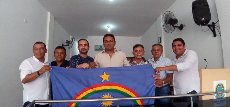 Vereadores de Santa Filomena com bandeira de Pernambuco