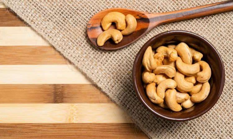 © Julio Ricco/iStock 17 alimentos que atuam como anti-inflamatórios naturais