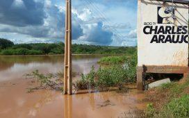 Urgente! Barragem Paulo Coelho sob o risco de desabar
