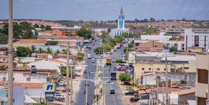 Pesquisa sem registro gera multa em Araripina