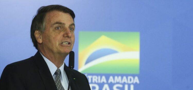 Presidente assina decreto prorrogando por dois meses auxílio emergencial de R$ 600