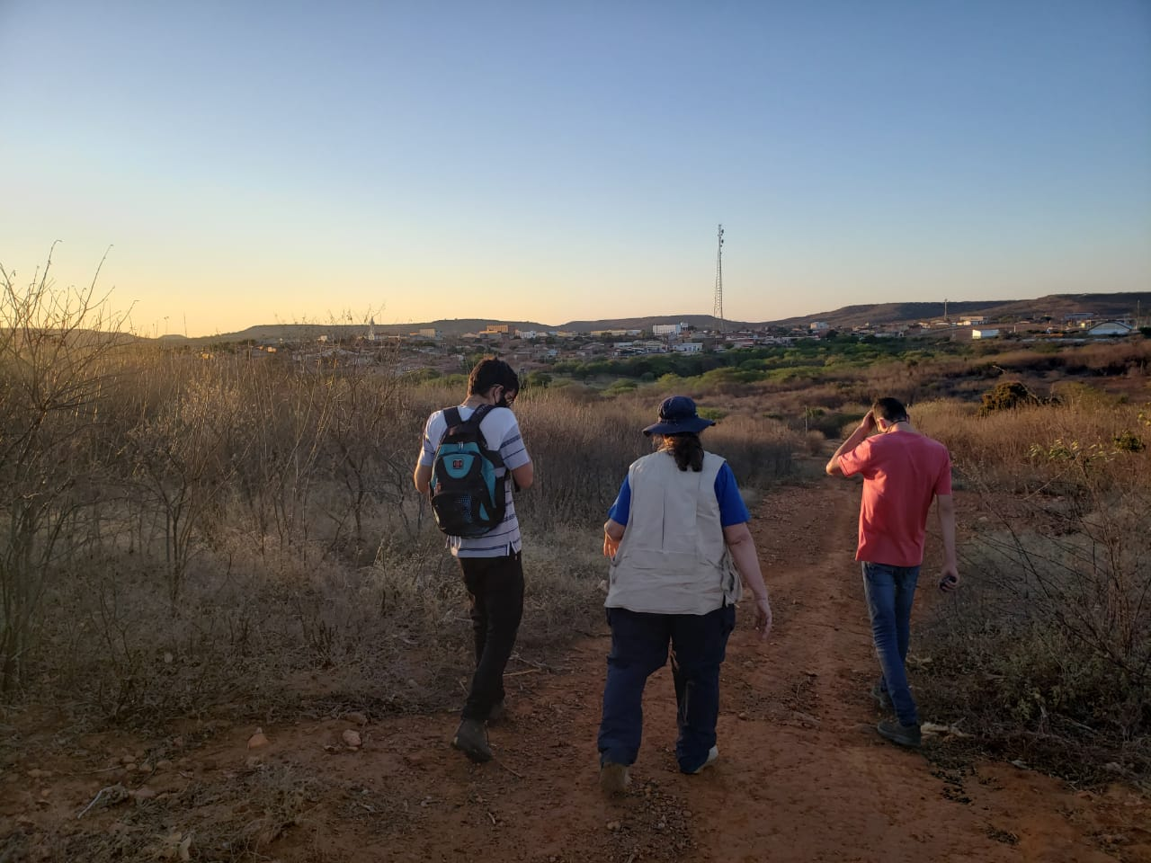 As buscas por meteoritos continuam em Santa Filomena-PE