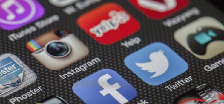 Twitter e Facebook contra a desinformação eleitoral!