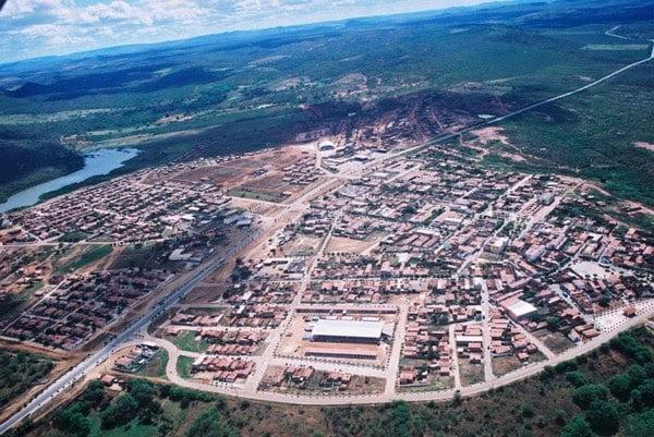 Afrânio: Colapso no abastecimento afeta vida da população; bairros sem…