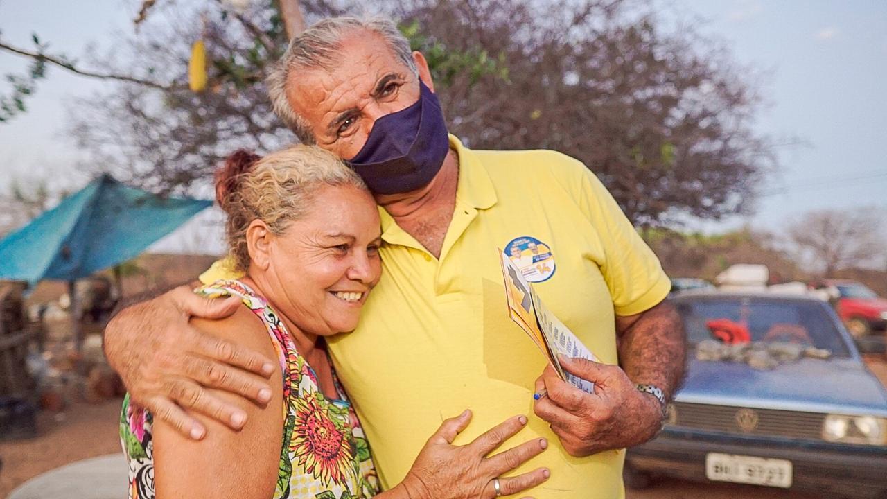 Adalberto Cavalcanti abraçado pelo povo, por uma Afrânio feliz e melhor para todos