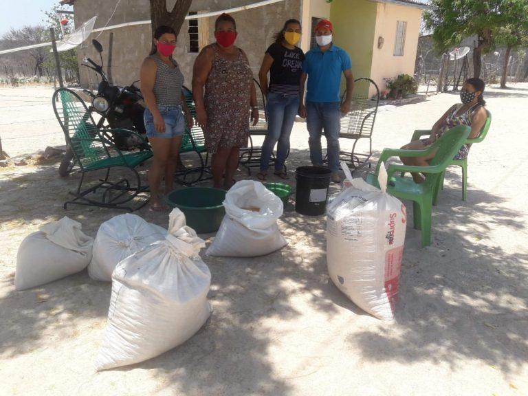 Projeto Agrobiodiversidade do Semiárido realiza entrega de sementes crioulas no…
