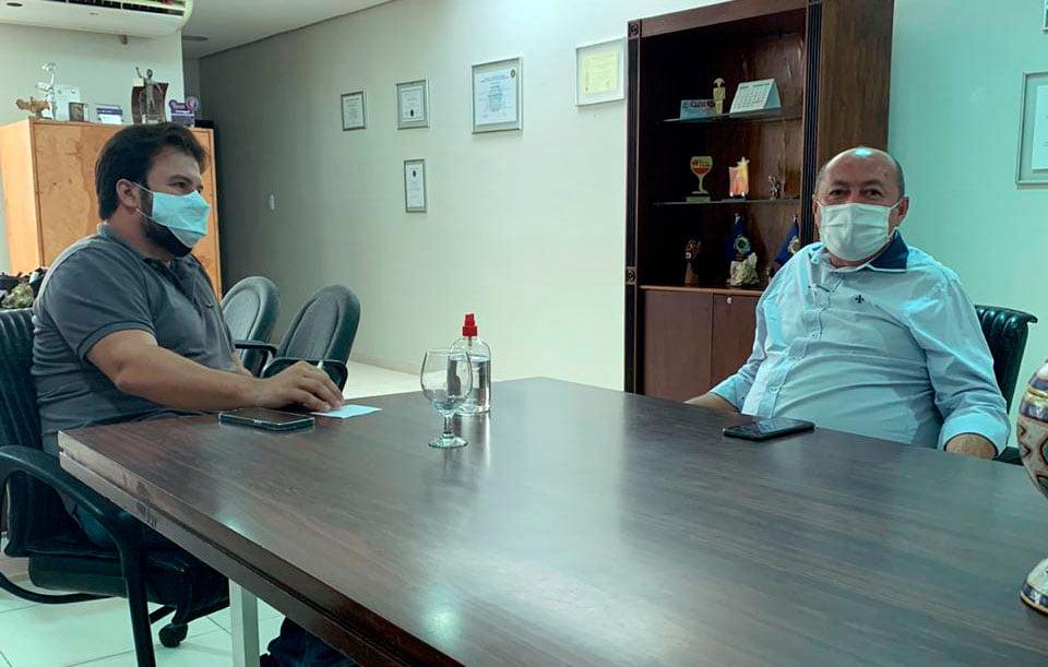 Prefeito Gildevan reúne com Fernando Filho em busca de investimentos para Santa Filomena