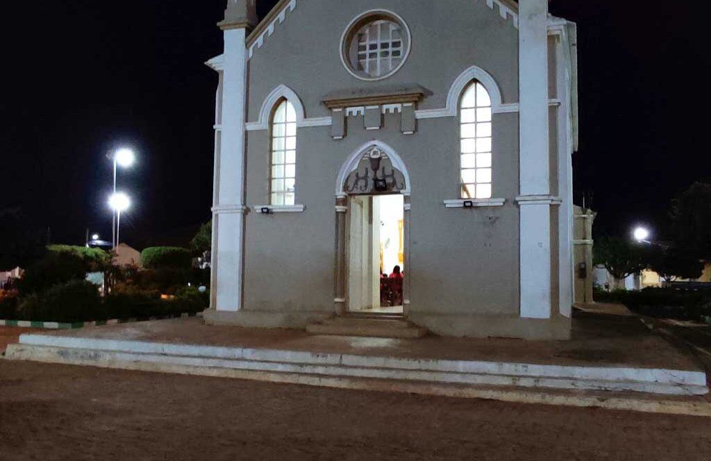Padre de Santa Filomena desacata Decreto Estadual com missa presencial