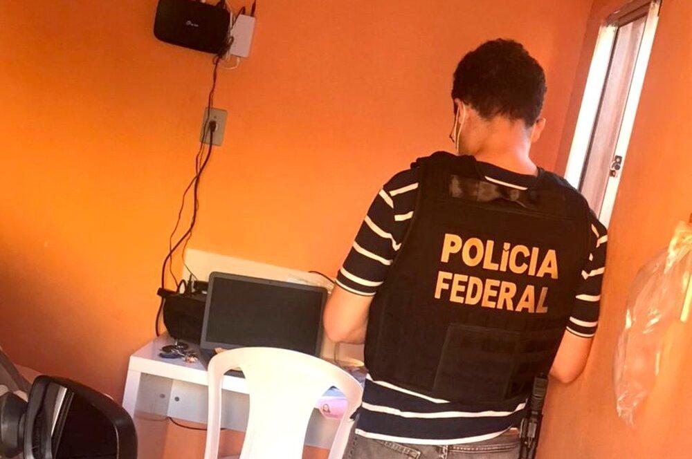 Casal é preso pela PF no Sertão de PE por estuprar filha e compartilhar pornografia na internet