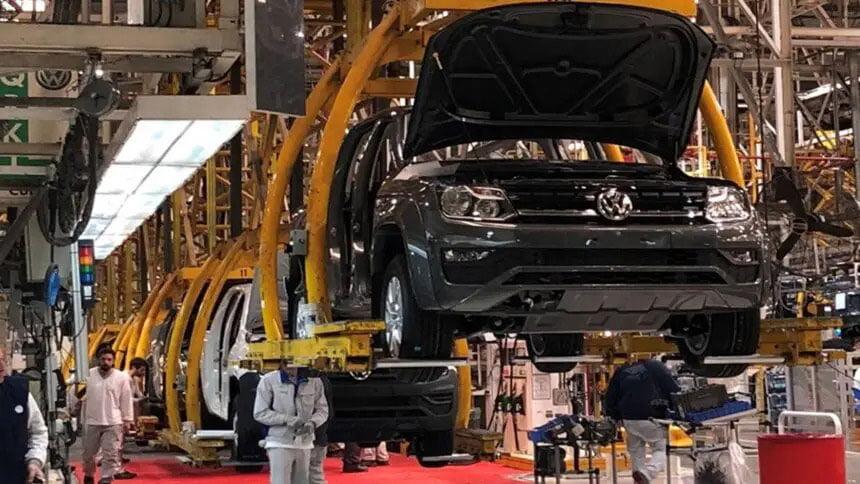 Volkswagen anuncia encerramento da produção de motores a combustão a gasolina e a diesel