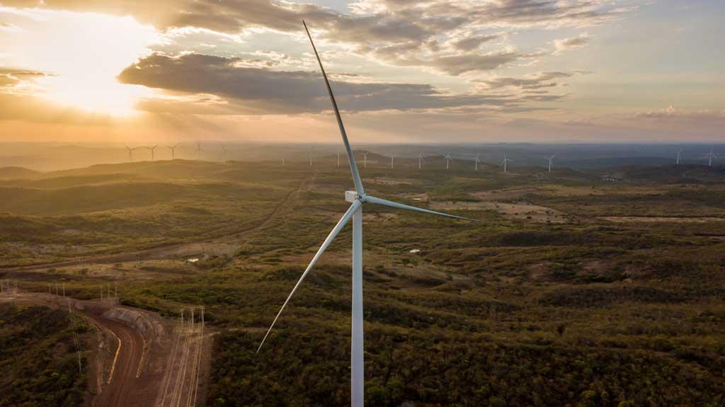 Joint venture formada pela Votorantim Energia e CPP Investments terá primeiro projeto de parque híbrido no Brasil, unindo produção solar e eólica