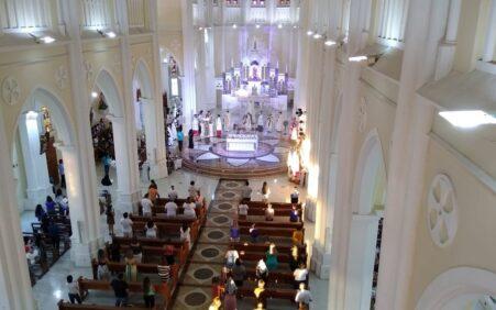 Prefeito de Petrolina sanciona lei que estabelece igrejas como atividades…