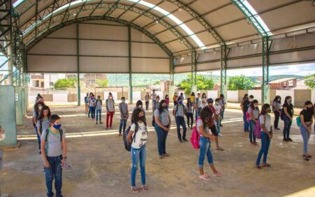 Após 30 dias com retorno das aulas presenciais, Santa Cruz dá exemplo no combate à pandemia nas Escolas